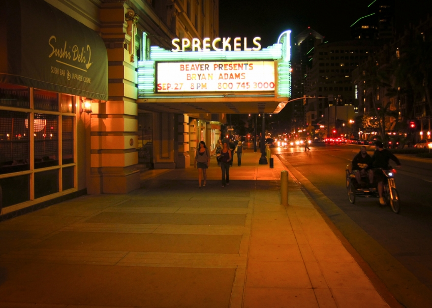 Restaurants Near Spreckels Theater San Diego